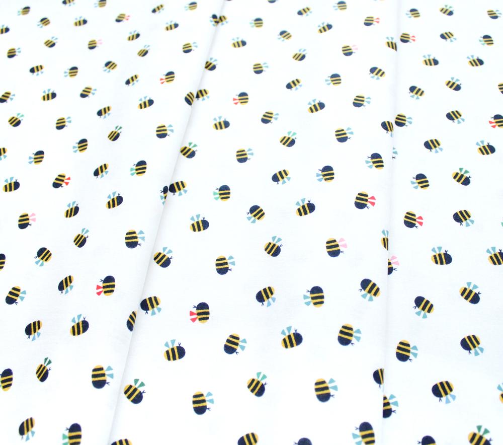Dashwood Studio Eden Pop EPOP 1326 Bees on White