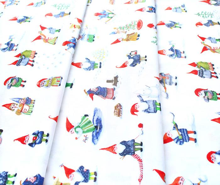 Windham Fabrics Winter Gnomes 51874-2 Winter Gnomes in Snow White