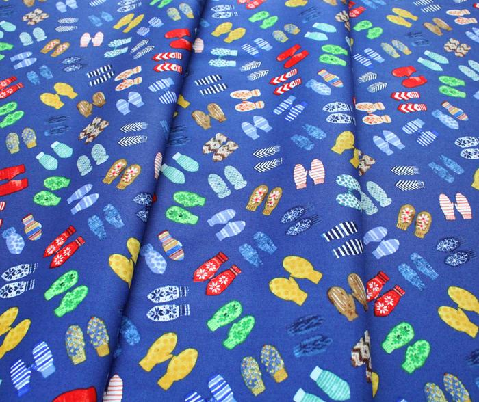 Windham Fabrics Winter Gnomes 51877-4 Mittens in Nordic