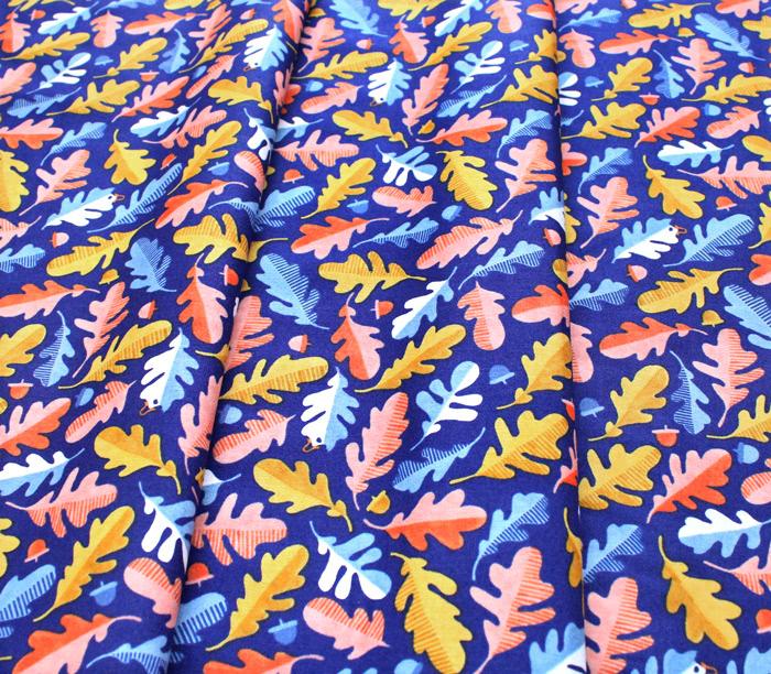 Windham Fabrics Sweet Oak 51307-1 Oak Leaf Navy