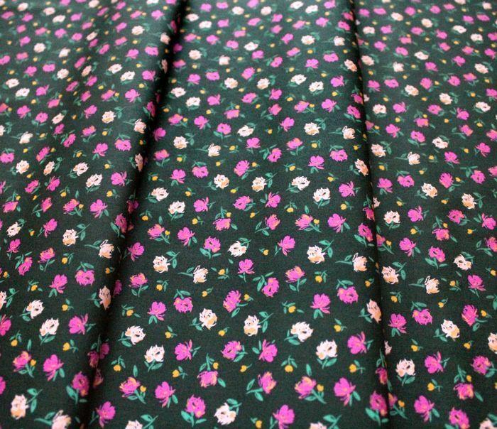 Art Gallery Fabrics The Flower Society Gentle Rosebuds Lunar
