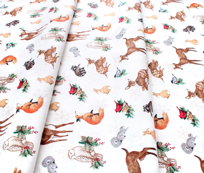 Wilmington Prints Winter Forest 39691-123 Animal Toss Cream