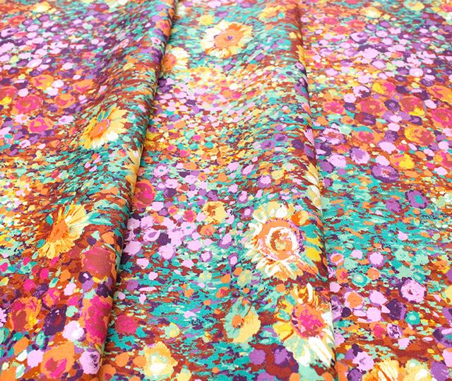 Robert Kaufman Fabrics Painterly Petals SRKD-19148-193 Zinnia Garden Summer